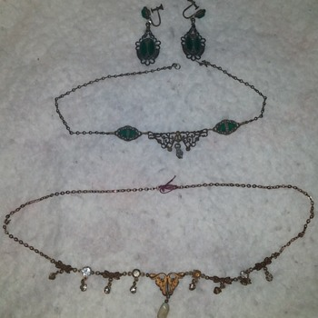 Vintage Jewelry Pieces - Costume Jewelry