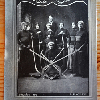 Lady Rovers 1913 Women's Hockey Champions postcard - Hockey