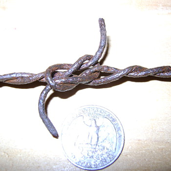 Loop n Hitch Barbed Wire - Tools and Hardware