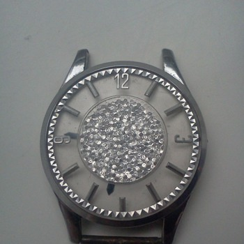 Sparkling man-sized vintage watch