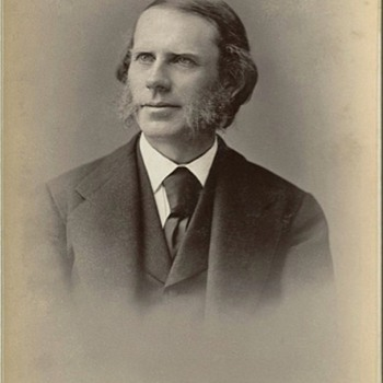 Cabinet Card of Thomas De Witt Talmage (mid-1870s)