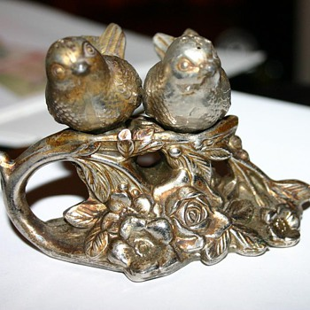 Old Metal Salt and Pepper shakers - Birds - Kitchen