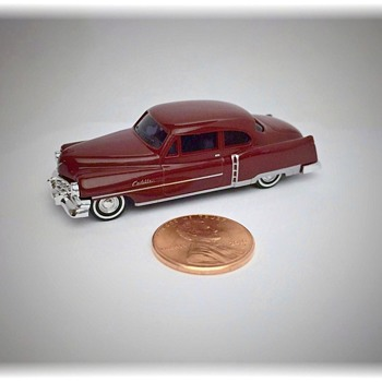Tiny 1952 Cadillac Replica Model - Model Cars