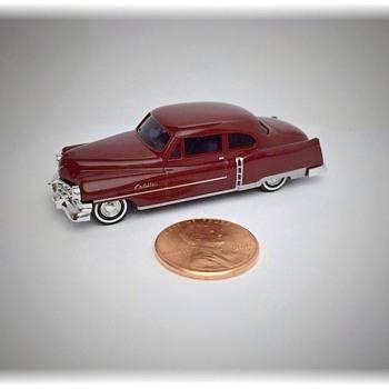 Tiny 1952 Cadillac Replica Model - Model Cars