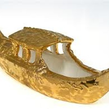 "McCoy ""Sunburst Gold"" Gondola Candy Dish"