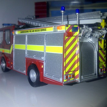 cambridgeshire fire and rescue dennis sabre - Firefighting