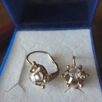 18 K gold earrings from my great- grandmother