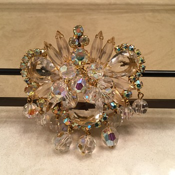 """CHA-CHA"" BROOCH - Costume Jewelry"