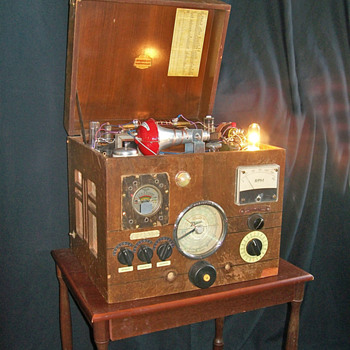 Remarkable and patented 'Magic' radio.