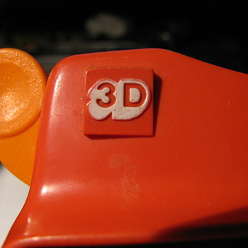 Bakelite Viewmaster with Popeye stereo pictures and order form.   - Photographs