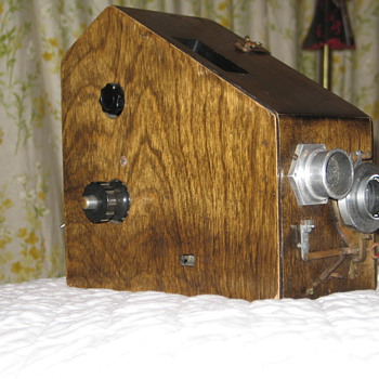 OLD WOOD CAMERA  CAM-O  US CAM-O CORP  KS CITY MISSOURI - Cameras