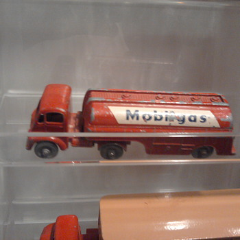 Matchbox Mobil tank truck