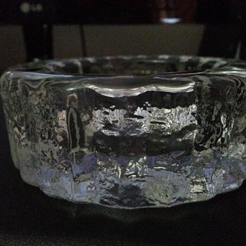 'ICE LOOK 'ASHTRAY - Glassware