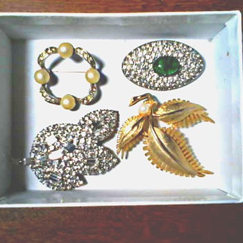 Box O' Brooches / Faux Pearls and Rhinestones / Circa Mid 20th Century