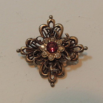 Well Made Costume Brooch - Costume Jewelry
