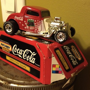 Matchbox Cola-cola 1933 Ford coupe - Coca-Cola