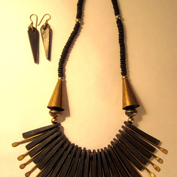 Interesting Necklace and matching earrings - Costume Jewelry