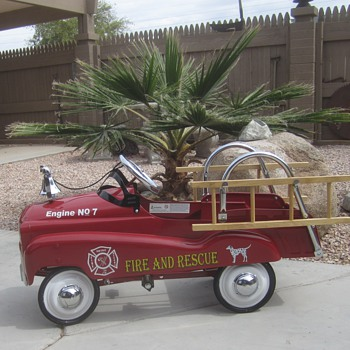  Fire &amp; Rescue Pedal Car - Toys