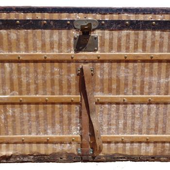 Special Louis Vuitton Restoration - Furniture