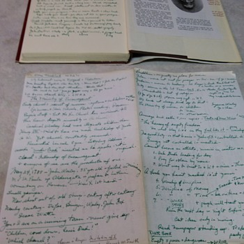 HAND WRITTEN LETTER AND NOTES INSIDE BACK OF ABRAHAM LINCOLN BOOK BY ELTON TRUEBLOOD - Books