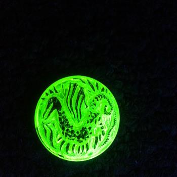 Uranium glass button from the Czech Republic - Glassware