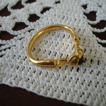 Very Old Gold & Garnet Ring - Fine Jewelry