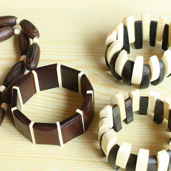 Ivory and wood jewelry - Costume Jewelry