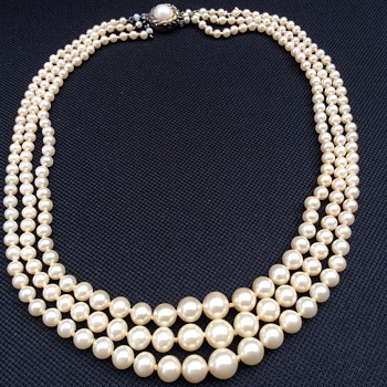 Vintage or antique? Pearl necklace  - Fine Jewelry