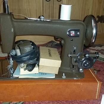 Montgomery Ward S40 sewing machine