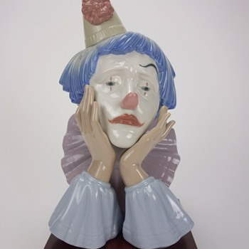 LLADRO CLOWN HEAD FIGURINE  -ONE-