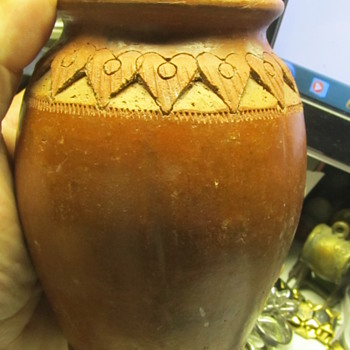 Native American Redware pottery vase