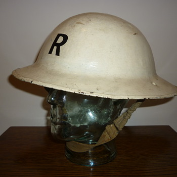 British WWI helmet, re-issued WWII. - Military and Wartime