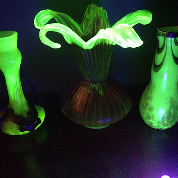 Uranium surprises - Art Glass