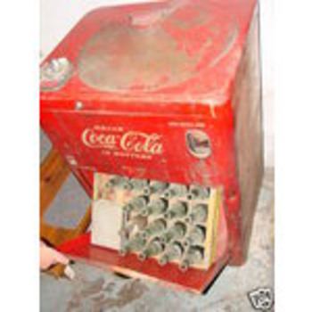Vendo Coke Machine
