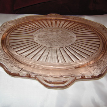 Hocking's Mayfair Cake Plate