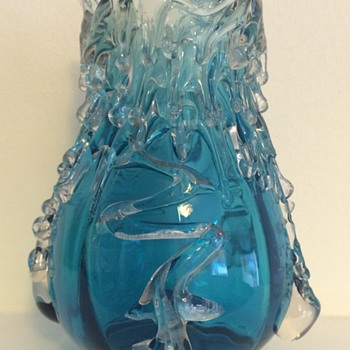 Ribbed candle wax and abstract flower vase - Art Glass