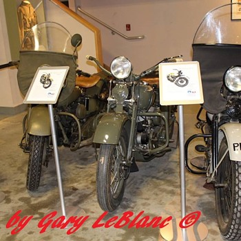 Military Bikes........... - Motorcycles