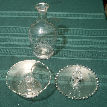 Olive dish and oil jar - Glassware