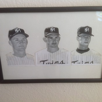 Minnesota Moorehead Twins players Bruce Swango, Glen Merklen, Ron Paul