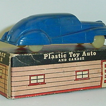 Cruver Plastic Sedan - Model Cars