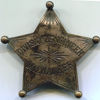 Milwaukee Division Engineer Badge
