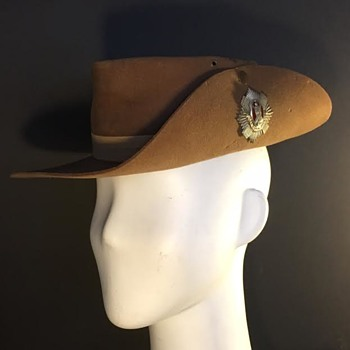 WWII Royal Scots Slouch Hat  - Military and Wartime