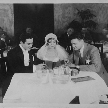 """Abie's Irish Rose"" Movie players Buddy Rogers & Nancy Carroll in Paramount Commissary With Richard Dix and Others 1928 - Photographs"