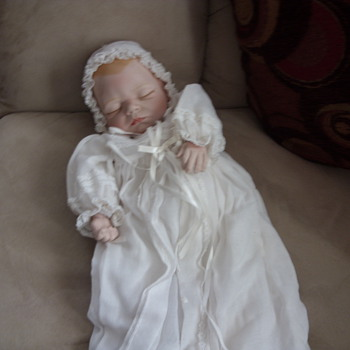 joyce wolf sleeping baby - Dolls