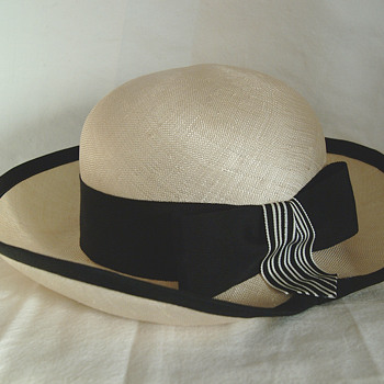 The T. Eaton Co Limited, Winnipeg Vintage Georgette Hat