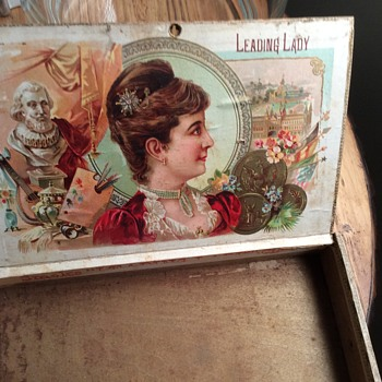 Old Leading Lady cigar box - Tobacciana