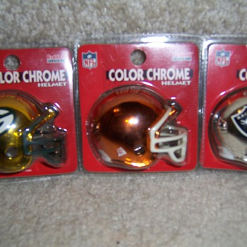 NFl mini color chrome helmets - Football