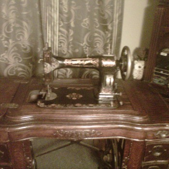 White Family Rotary treadle Sewing Machine