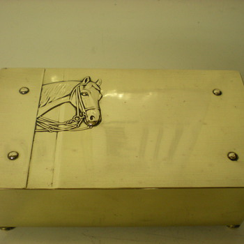 Lovely trinket german brass box , c. 1910 - Animals