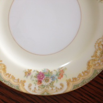unknown M Noritake China